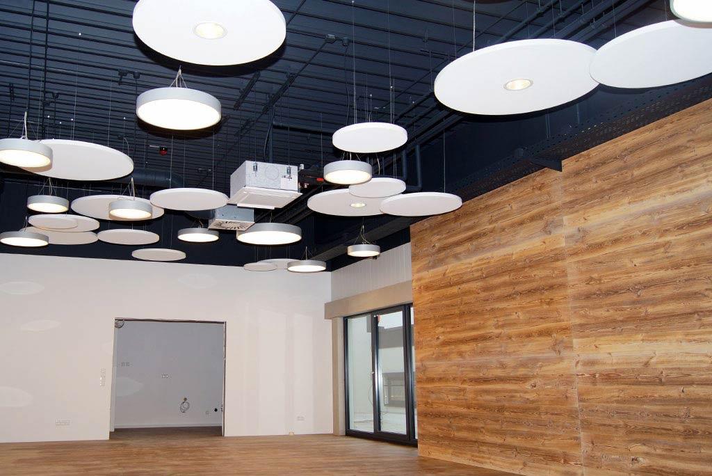 Akustiksegel mit integrierter Beleuchtung