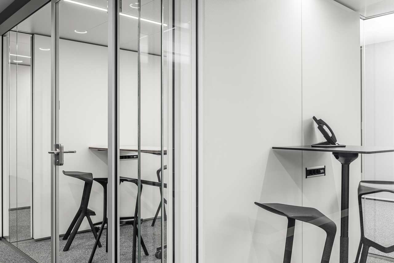 Raum in Raum transparent und zeitlos klar