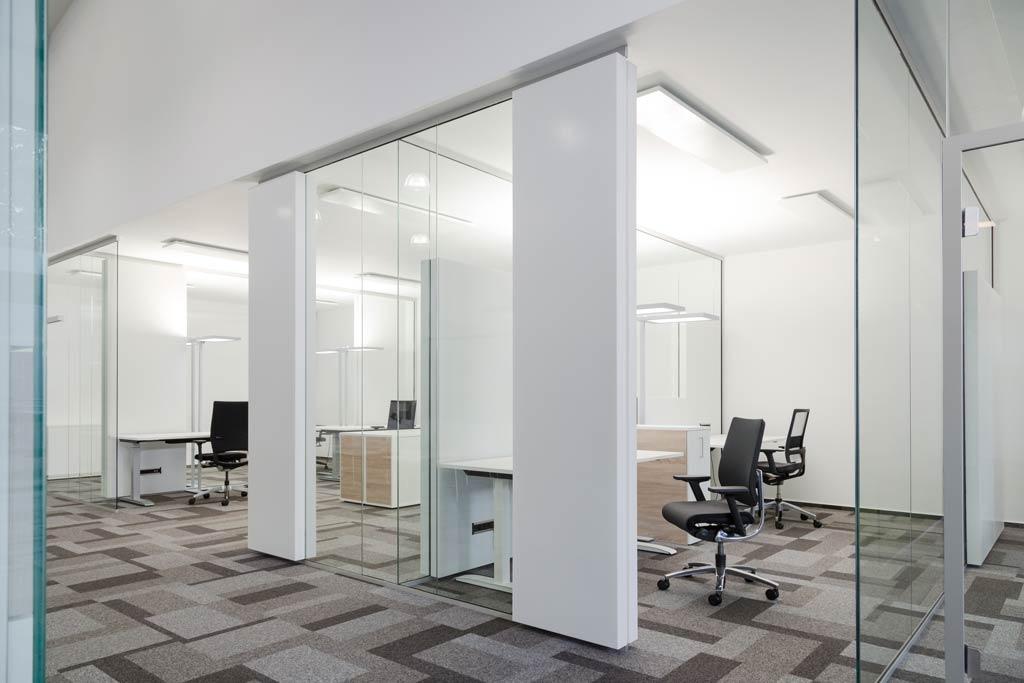 Glasakustik optimiert Großraumbüro