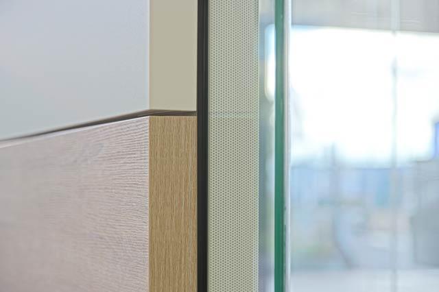 Glaswand mittlere Schalldämmung Dekorelement